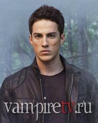 http://vampiretv.ru/images/actors/michael_trevino.jpg