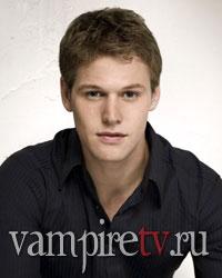 http://vampiretv.ru/images/actors/zach_roerig.jpg